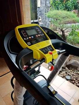 Treadmill Elektrik Fuji // Youngjae GiM 10T13
