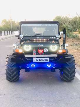 new look modified jeeps