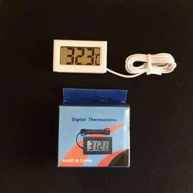 Thermometer Aquarium Digital Untuk Ikan Hias