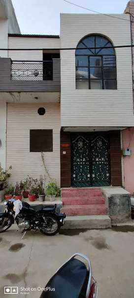 2 rooms set house for sale in Baldev Nagar very near to basai road.
