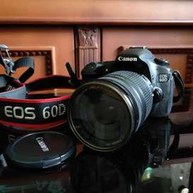 CANON EOS 60D 18 - 200MM