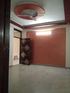 100 % loanble 2 bhk big flats in vaishali prime gandhi path west