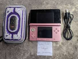 Nintendo 3DS not XL Pink 16GB Plus Pouch 0