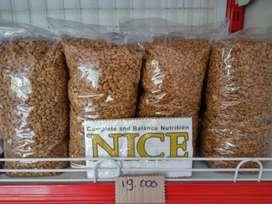 """"""" Nice """" Makanan Kucing Ekonomis"""