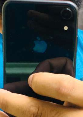 Iphone XR new brand condition 2 mont old with bill and all accessories