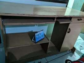Computer/ desktop table