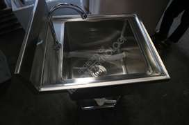 wastafel stainless steel portable kran injak bisa custom jakarta timur
