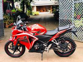 CBR 250R ABS bs4 in single owner with stock condition on perfect engin