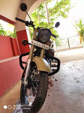 Royal Enfield classic 350 showroom condition