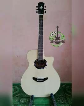 Gitar akustik yamaha apx natural