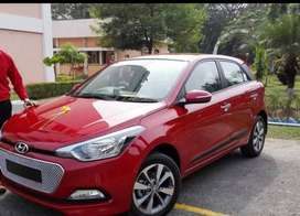 Elite i20 asta 2015 only 20000 kms driven .Gulf owner.No flood afected