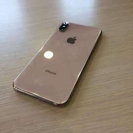 First weekend sale on apple i phone models are available at best price