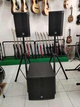 Dijual Speaker Aktif HK Audio Lucas H 215K