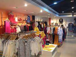 Job offering in shopping mall for fresher candidates