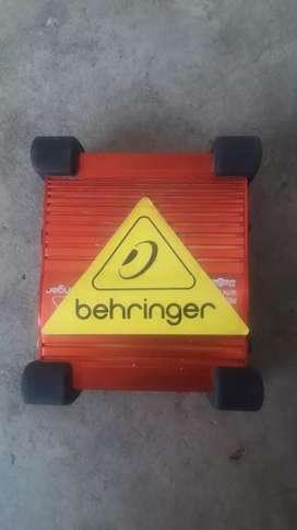 Behringer Ultra-G Gl 100 1-Channel Active Guitar Direct Box