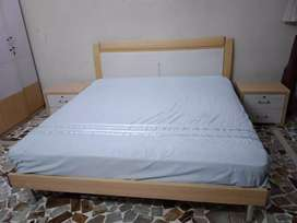 Bedroom set for sale urgently