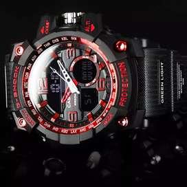 Jam tangan pria G-Shock hitam populer