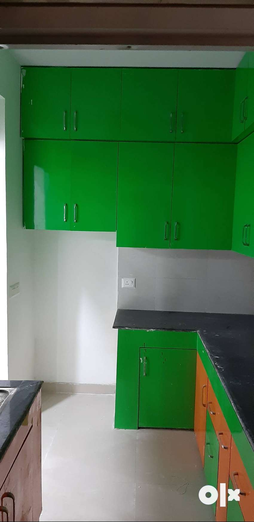 2bhk semi furnished available in ajnara le garden 0