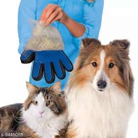 Brush Gloves  Dog and Cat with Long and Short Fu (Multicolour 1 PCS)
