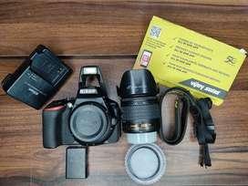 Nikon D5600 dslr camera with kit lens18-55mm. 24mpixel.