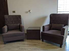 2 single-seater sofas set with coffee table