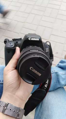 Canon 600d +18-55 lens + 16GB card