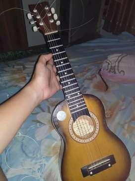 Gitar kecil senar 6 merk shen-shen