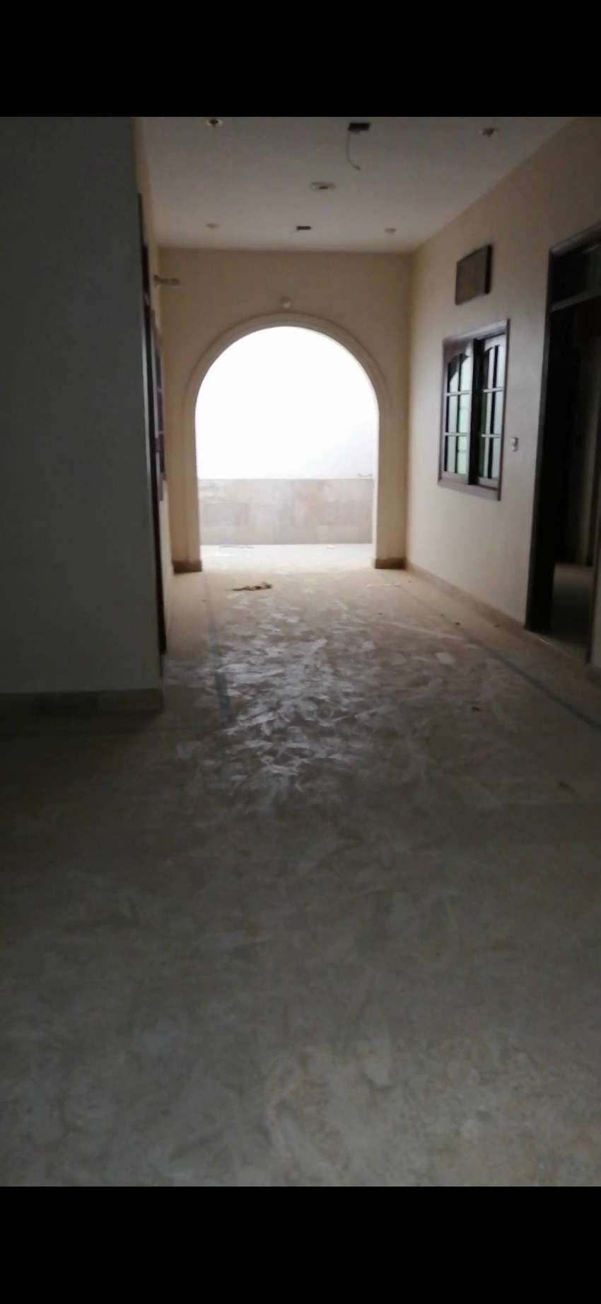 140 Yard House for sell in johar 0
