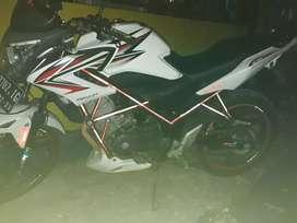 Motor honda cb 150 r