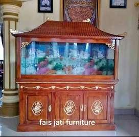 Meja aquarium ikan jati ukir sangat elegan diruangan anda