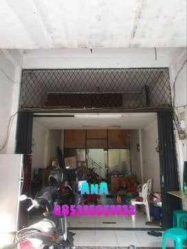 Rumah uk 4x16m Lokasi Pinggir Jalan Harga Paling Murah di Jelambar