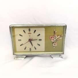 Jam Meja Polaris Vintage (kondisi nyala)