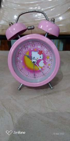 Jam  Meja Hello Kitty Pink Second
