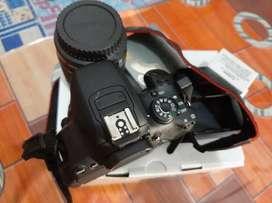 Kamera Canon EOS 700D KIT 18-55 IS STM