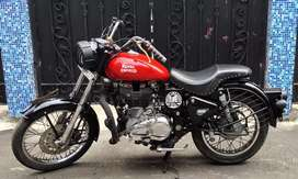 Sale Royal  Enfield Bullet classic 350cc only 72k.