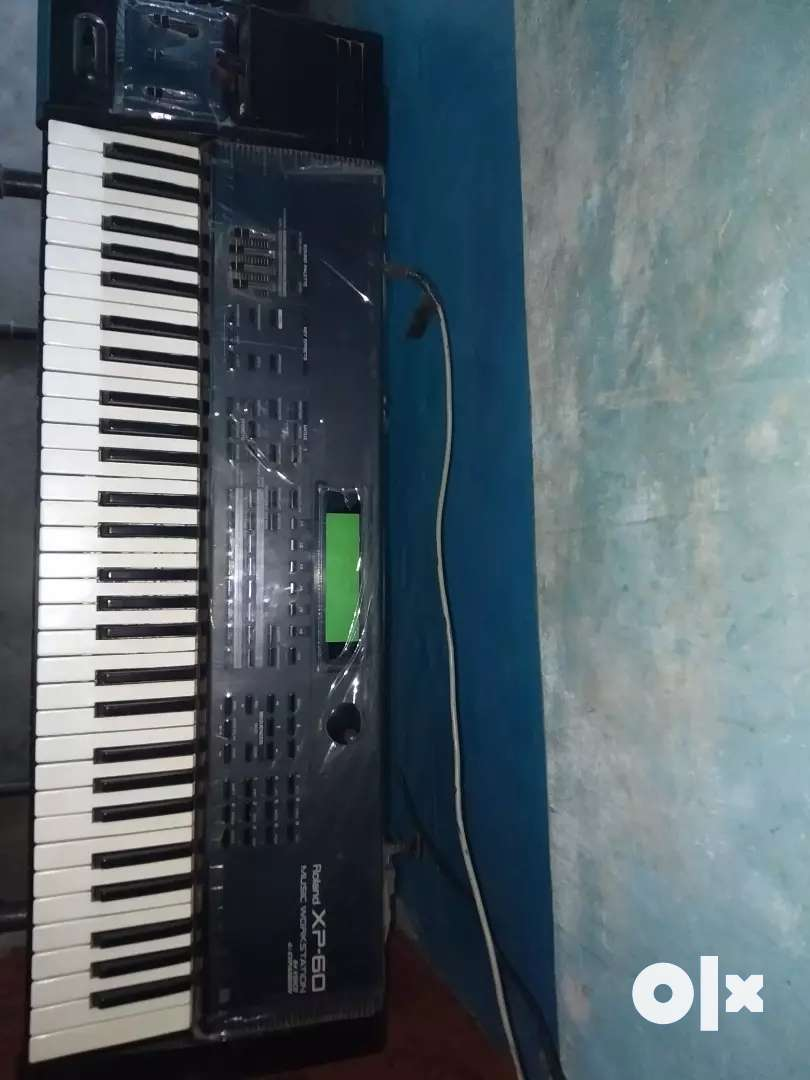 I want sell roland xp60 keyboard 0