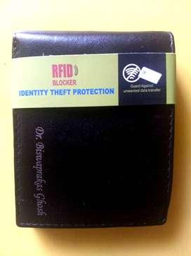 Unused men purse (With RFID Blocker)