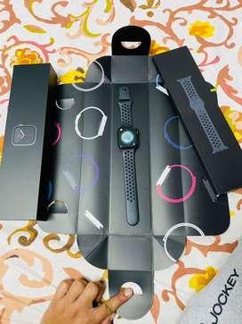 Apple nike watch 5 series 44 MM