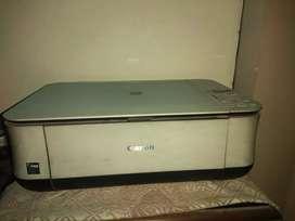 Deskjet Printer cum scanner