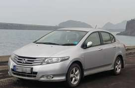 Honda City iVtec 2010 V MT - Alabaster Silver-Very well maintained