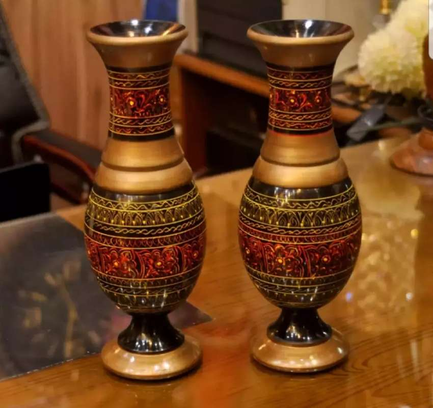 2_PCS PAIR OF BEAUTIFUL NAKSHI FLOWER VASES | PURE SHEESHAM MATERIAL |