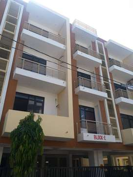40 ft road luxurious flats for sale