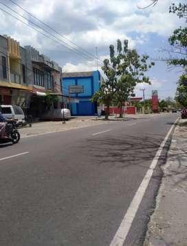 Ruko Dua Lantai Pinggir Jalan Raya Mojopurno-Dungus
