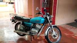 Yamaha RX 135 4 speed yesis engine . good condition