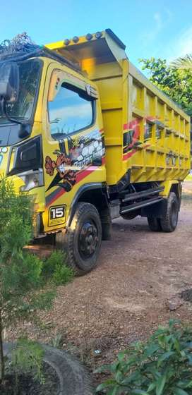 Truck dump canter tahun 2012 tangan pertama