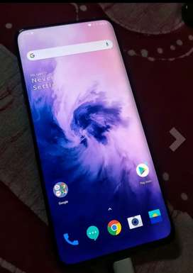 Scratchless fully lamenated  new and rarely used oneplus 7pro 256gb