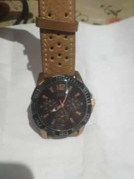 GUESS GENTS WATCH (black dial)coppr shed case