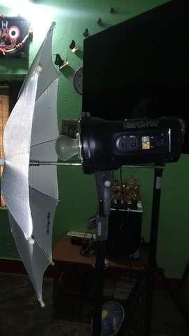 Simple softbox studio light