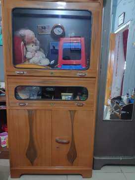 Tv Almirah