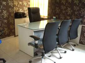 designed 60 modular workstations office space